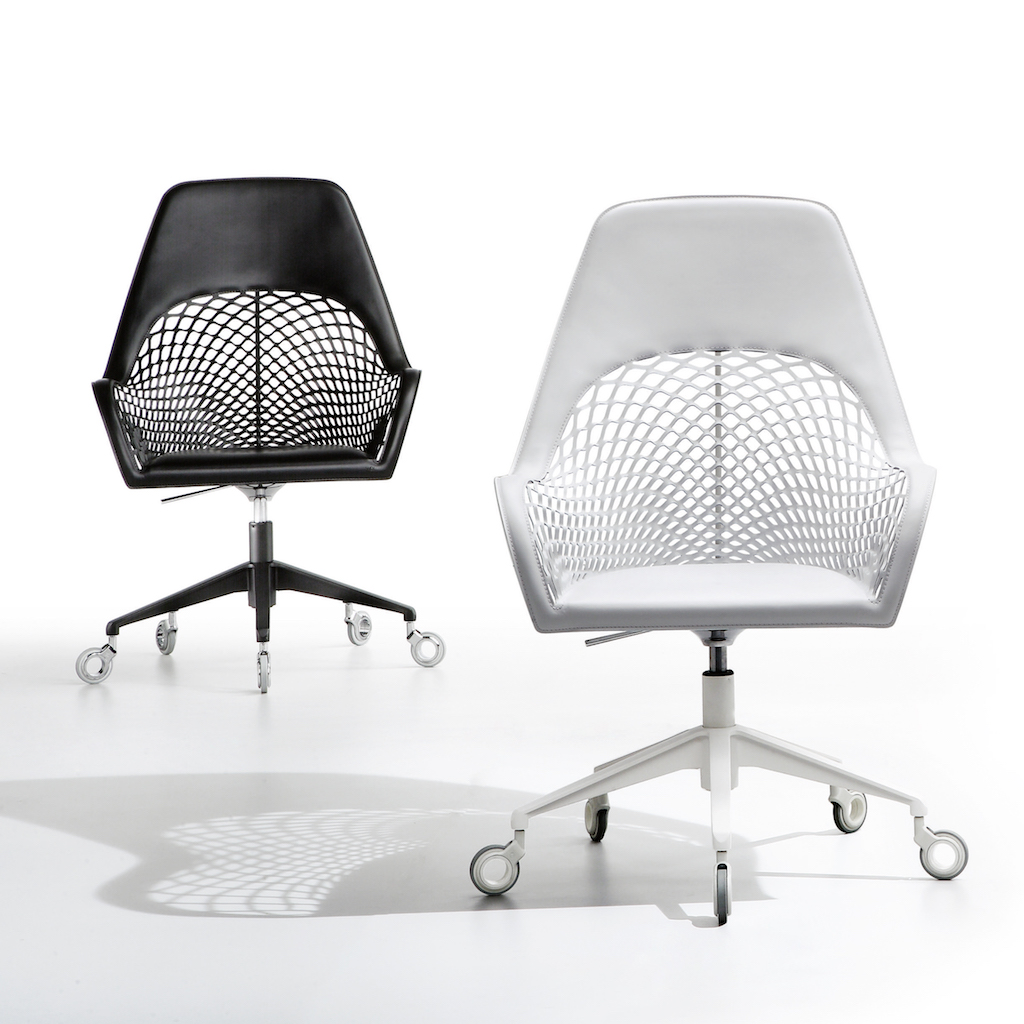 Midj_GUAPA_office_chair_black&white
