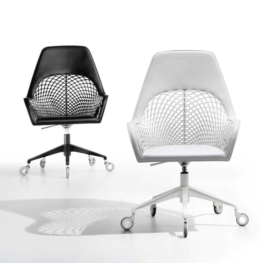 Midj_GUAPA_office_chair_black&white