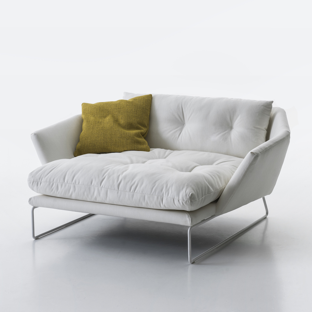 SabaItalia_NEW YORK SUITE_lounge_chair_white_2